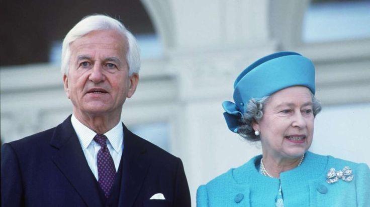 Richard von Weizsäcker (†94): Das deutsche Gewissen -  Oktober 1992: Weizsäcker neben Queen Elizabeth II. beim Besuch der britischen Königin in Bonn http://www.bild.de/politik/inland/richard-von-weizsaecker/das-deutsche-gewissen-39554174.bild.html