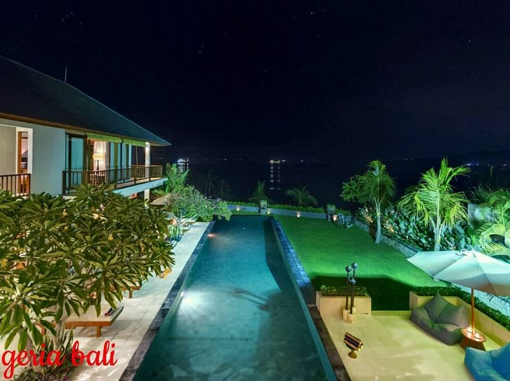 Located at Manggis, near Candidasa in East Bali, the glorious panoramic vista follows the coastline to the east and west, overlooking Labuan Amuk Bay. four bedrooms and a swimming pool, is blessed...#bali #eastbali #candidasa #luxury #vacation #hgtv #trulyasia #holiday #geriabali #balibible #indo #luxwt