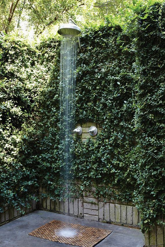 Outdoor shower | Image by Jean Allsopp via Birmingham Home & Garden