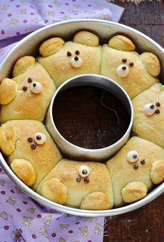 corona di orsetti di pane