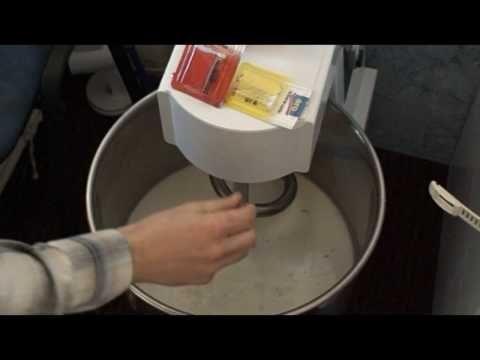 kurtos kalacs - aparat, cuptor -1390 euro tel. 0753 828206 - Bacau -chimney cake - YouTube
