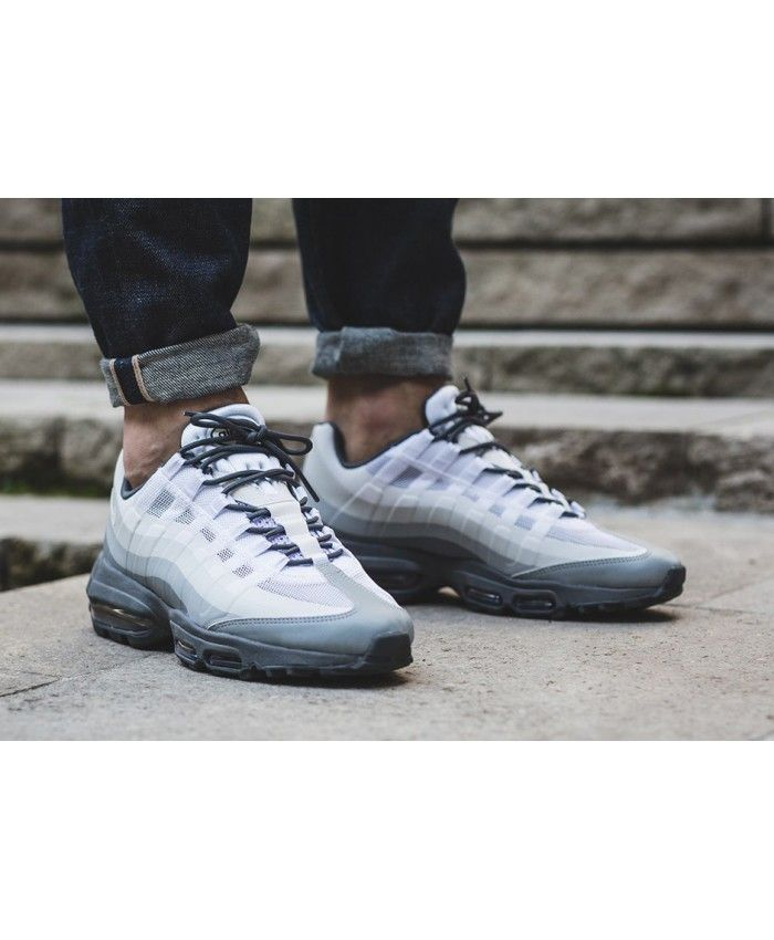Nike Air Max 95 Jeux Furtifs Ultra Essentiels