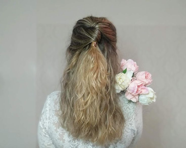 Quick half up hairstyle for all hair types