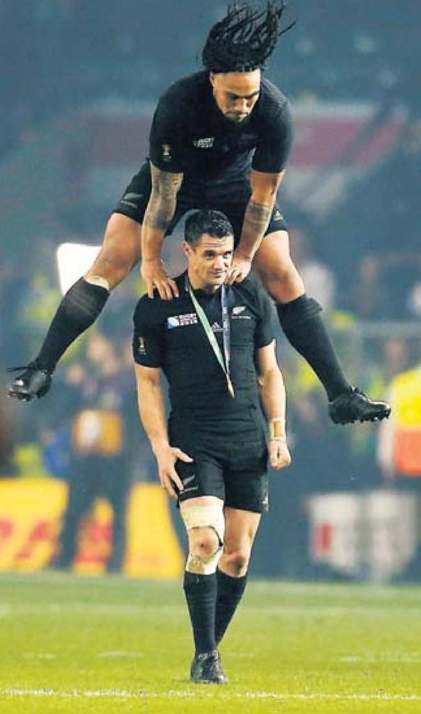 "Valeurs Du Rugby ®©™ on Twitter: ""Belle photo Icone Sport de Nonu et Carter https://t.co/48UWnUTQv3"""