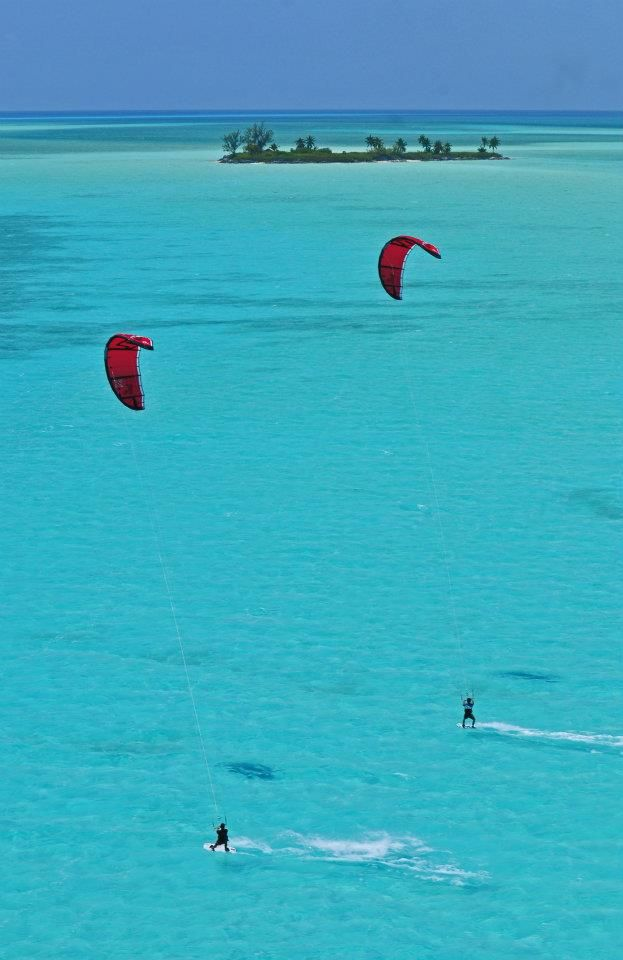 Kitesurfing in Paradise with Pro Rider Jérémie Eloy in the BAHAMAS!