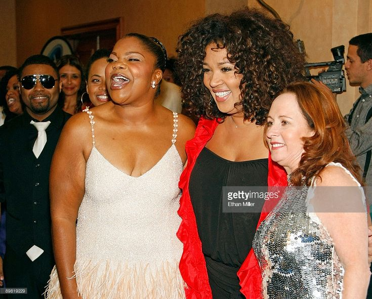 (L-R) Recording artist Musiq Soulchild, comedian/actress Mo'Nique, actress Kym Whitley and recording artist Teena Marie arrive at the seventh annual Hoodie Awards at the Mandalay Bay Events Center August 15, 2009 in Las Vegas, Nevada.  (Photo by Ethan Miller/Getty Images)