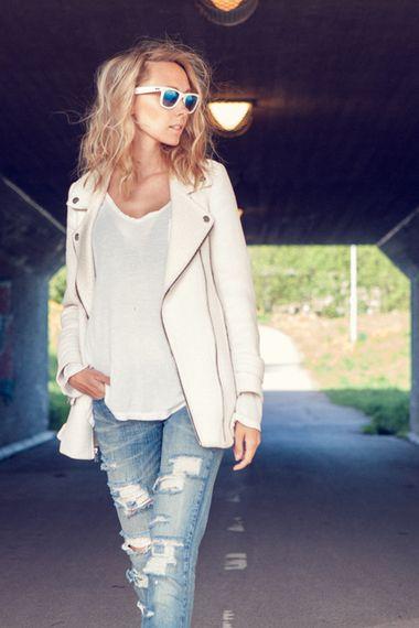 DIY Shredded Jeans added by MartinaMartiala