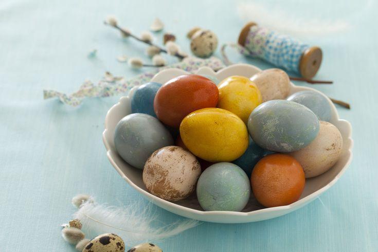 Naturalne barwienie jajek wielkanocnych -DIY