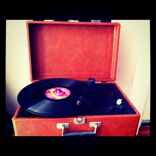 old-fashioned vinyl playing Hendricks....awesome.
