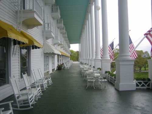 Grand Hotel Porch Oh I So Love This On Record As Longest A