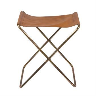 The Nola stool by Broste Copenhagen is a take on the most simplistic idea of seating unit. It is a simple combination of iron and leather to create a versatile stool that can be used anywhere in the house, may it be to paint, as a piano stool or simply as an additional seating option when needed.