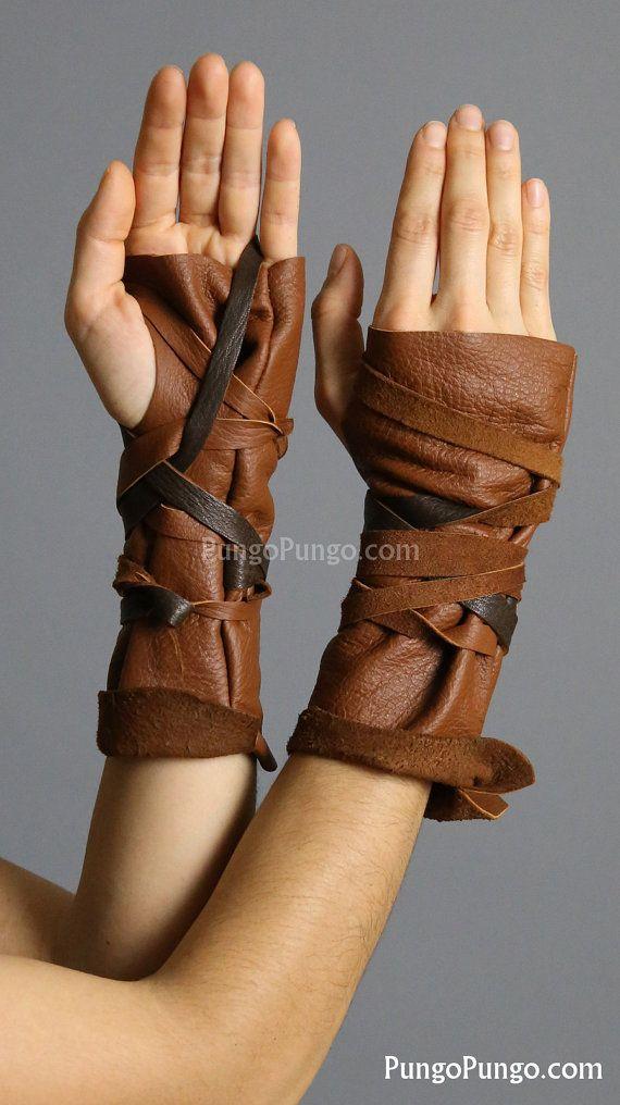 Gants de cuir Fingerless marron clair. Obtenez une paire, ou juste un seul gant droitier ou gaucher !  Fait main avec cuir véritable dans un style