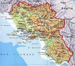 La regione Campania si trova nella zona meridionale in Italia. Il capoluogo è Napoli che viene bagnato dal mare Tirreno dove si trovano delle bellissime isole Capri, Ischia, e Procida. In Campania, ci sono 5 provincie: Caserta, Benevento, Avellino, Salerno e Napoli. Ci sono vari golfi, Pozzuoli, Napoli e Salerno, in quest´ultimo si trova la famosa e bella costa Amalfitana. A Napoli c´è il vulcano Vesuvio che nell´anno 79 a. C. ha sepolto le città di Pompei ed Ercolano. Rimangono numerose…
