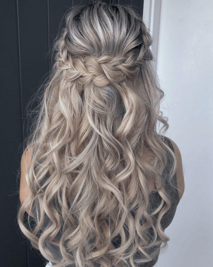 Geflochtener Halfup-Style Frisur #geflochtenefrisuren #geflochtene #frisuren  – …