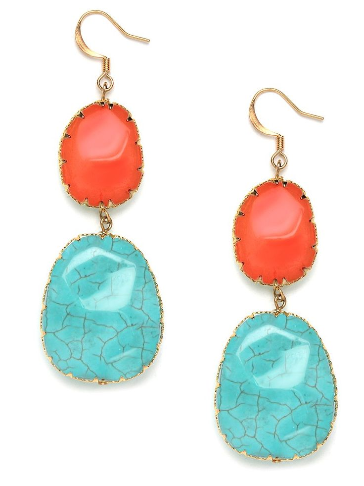 Our best-selling boho drops go navajo. Done in a southwestern inspired color-block combination