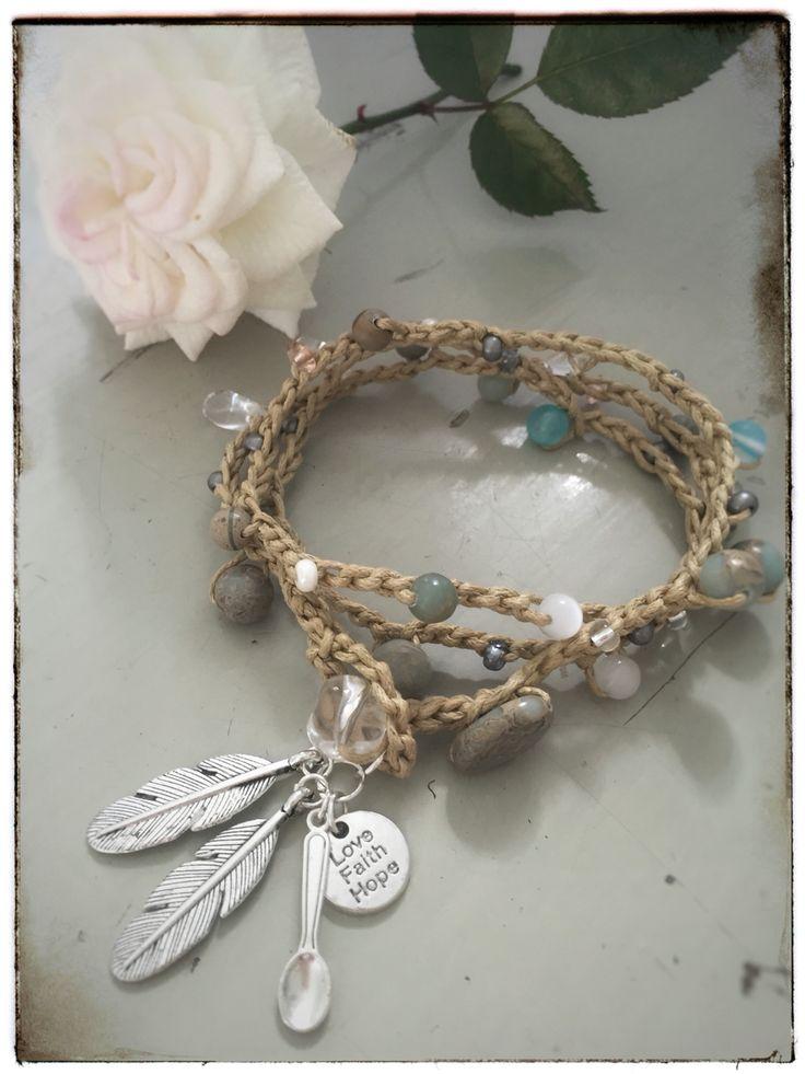 Boho beach bracelet. Crocheted bracelet with gemstones: agate, jade, rose quarts, rock quarts... www.varalusikka.fi