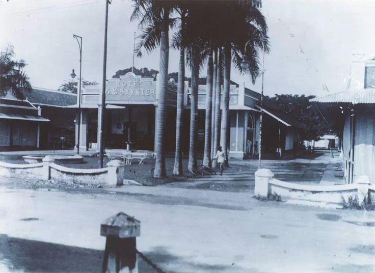 Hotel Sarkies Embong Malang th 1910