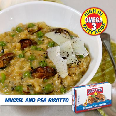 Risotto is the perfect winter comfort food.   Try this hearty Lucky Star Mussel and Pea Risotto for supper tonight!  For the full recipe, click here: https://www.facebook.com/LuckyStarSA/photos/a.324080521012669.78759.302222999865088/636942949726423/?type=1&theater