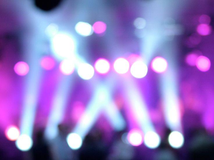 Fénytechnikai szolgáltatás minőségi eszközök segítségével!  http://hangero.hu/fenytechnika/