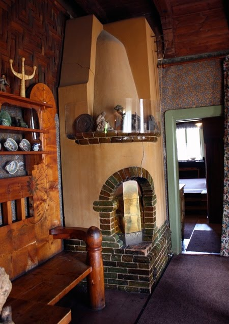 The interior of a wonderful Finnish cottage called Visavuori, the summer home and studio of sculptor Emil Wikström.