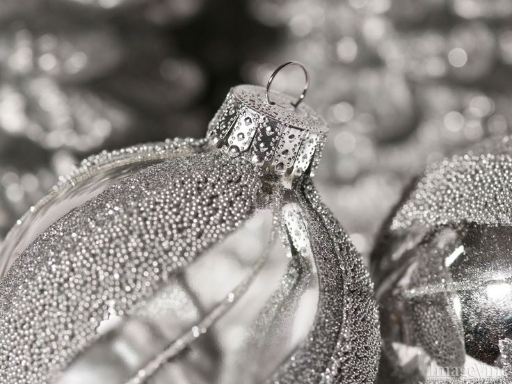 backgrounds silver christmas oraments