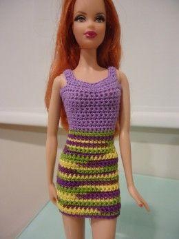 Barbie Simple Sheath Dress (Free Crochet Pattern) - combien en ai-je fait de ces petits vêtements à une certaine époque !!!