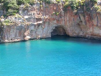 Blue cruise Turkey, cruising the Lycian Coast. Enjoy the Lycian Way on a luxury gulet, pay a visit to Finike