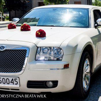 dekoracja samochodu do ślubu wesele