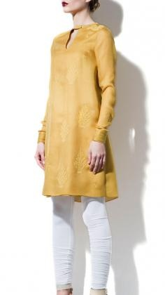 Beautiful Salwar Kameez Suit by Indian Fashion Designers Ankur Modi & Priyanka Modi (am:pm). Buy Indian Clothes in the UK created by leading Indian fashion Designers