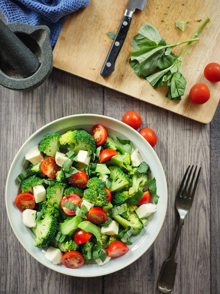 Brokkoli ist gesund - doch richtig zubereitet wird er noch viel gesünder. Mit welcher Zubereitungsart der größte Anteil des gesunden Inhaltsstoffs Sulforaphan im Essen landet, haben chinesische Forscher jetzt herausgefunden.
