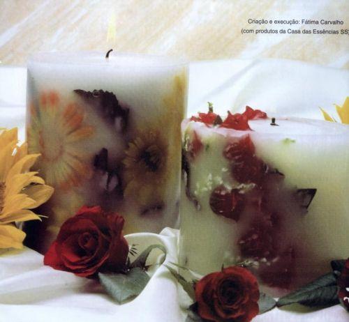 свечи с узором и цветами