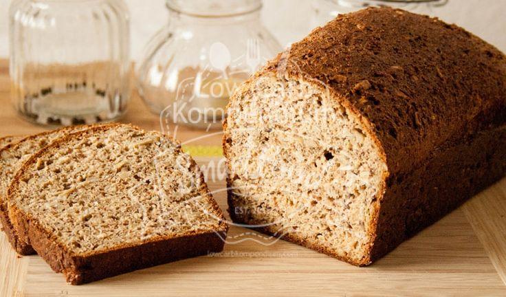 Low Carb Chia-Sonnenblumen-Brot - Ein tolles kohlenhydratarmes Brot mit tollen Zutaten gebacken. Mit Chia Samen & wertvollen Ballaststoffen