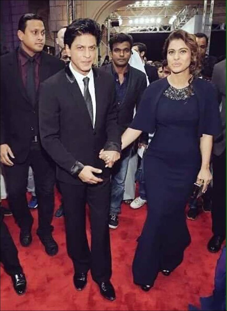 Shah Rukh Khan and Kajol promoting #Dilwale in Dubai. #Bollywood #Fashion #Style #Beauty #Hot