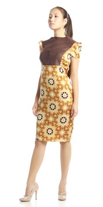 Изделие: Платье футляр. Материал: Замша + атлас стрейч.