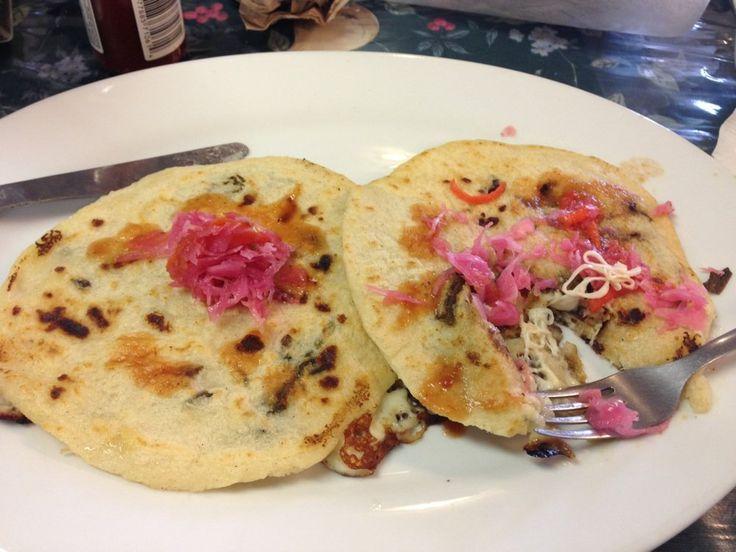 Restaurant El Salvadoreno - pupusas