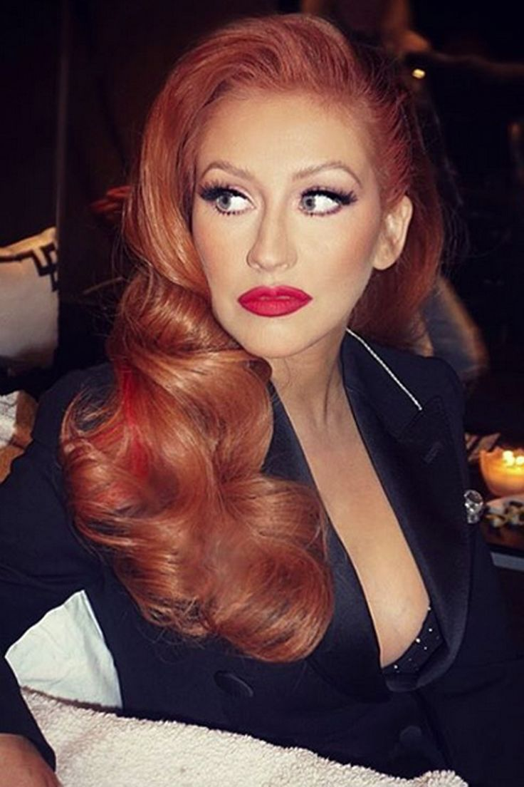 Christina Aguilera Transforms Herself Into A Fiery Redhead (We Love!), 2016