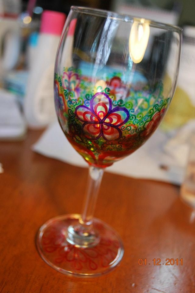 78 best gifts images on pinterest gift ideas craft and for How to decorate wine glasses with sharpies