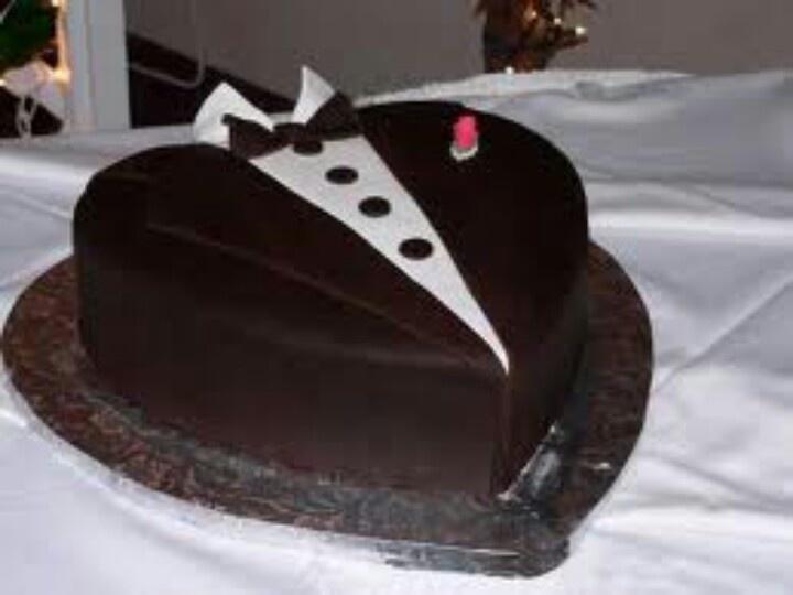 Tuxedo Design Cake