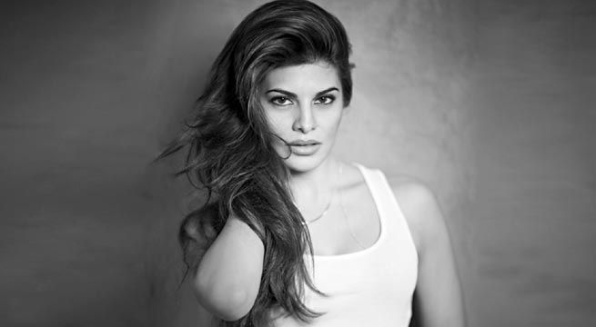 Mumbai: Jacqueline Fernandez has gotten candid over 'besties, boy trouble and Bieber' for Cosmopolitan. The 31-year-old actress oozes hotness in the June issue of Cosmopolitan magazine, flaunting her toned tummy. She has given perfect body goals with her pose on the cover. Jacqueline...