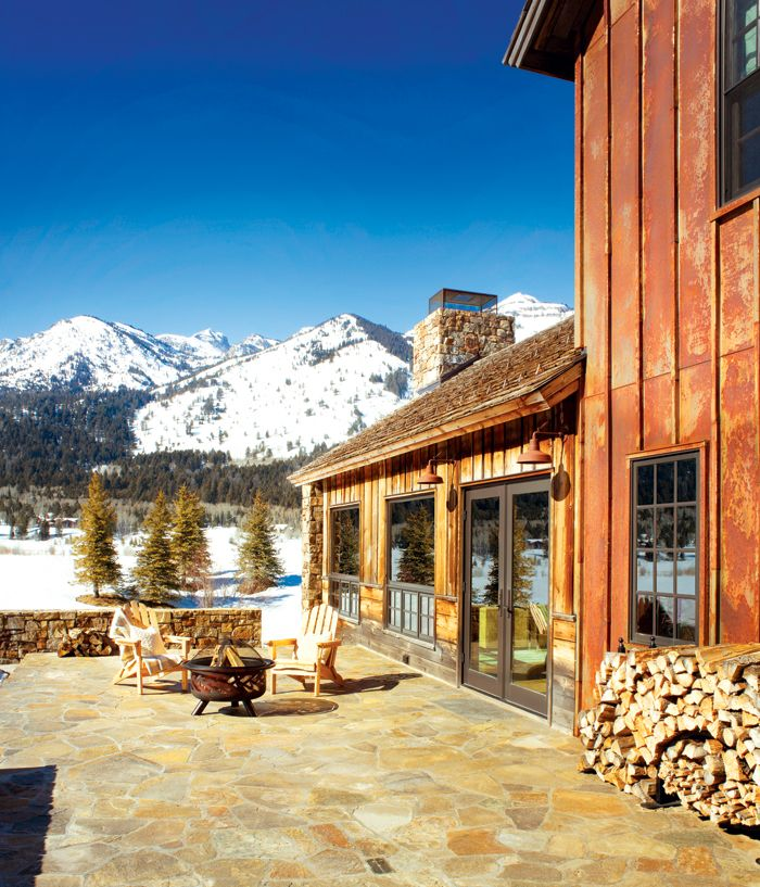 An animal lover 39 s retreat in jackson hole rustic for Cabins in jackson hole
