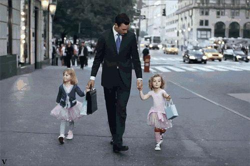 Baba olmak böyle birşey Dünyanın en tatlı derdi  Sadece Kız Babası Olanların  Anlayabileceği......