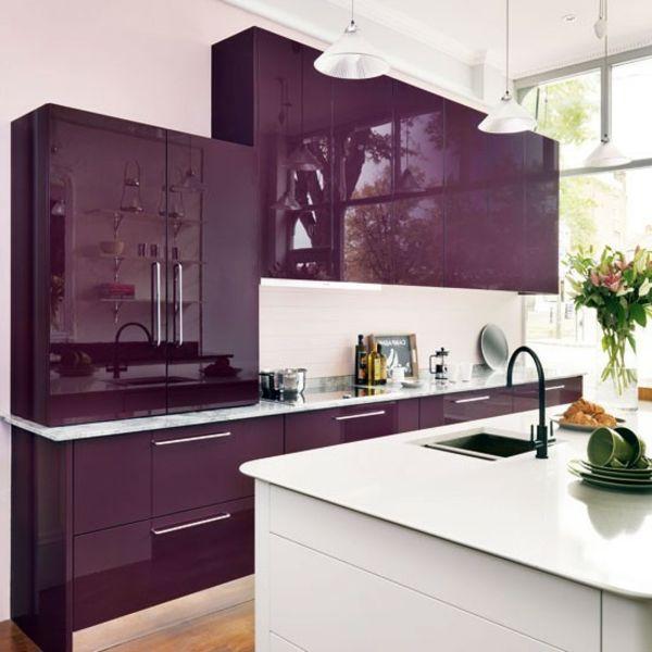 Effektvolle-Küchengestaltung-Violett-Weiß.jpg (600×600)