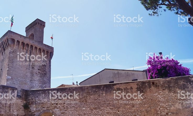 https://secure.istockphoto.com/photo/the-torrione-and-rivellino-complex-piombino-gm522477814-91654937