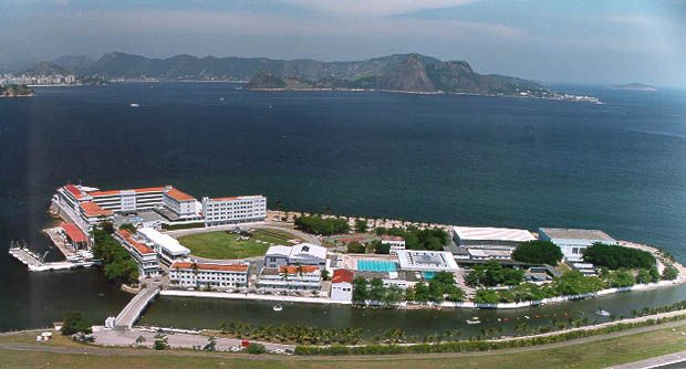 Escola Naval - Ilha de Villegagnon – Wikipédia, a enciclopédia livre