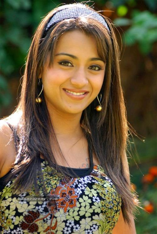 Best Hairstyle For Round Faces Images On Pinterest Indian - Hairstyle for round face indian girl