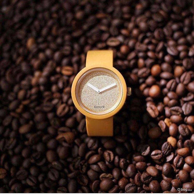 54 отметок «Нравится», 1 комментариев — Obag Israel (@obagisrael) в Instagram: «Time to wake up!! ☕️ Photo via @_bag_in_nik_ #coffeetime #trend #summertime #watch #fashion…»