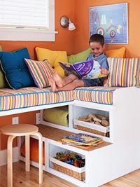 LOVE this little nook - great use of space!