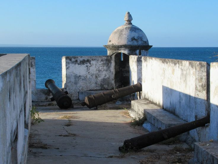 In the early 19th century these cannon protected the Forte de São João Baptista, (1791 on Ibo Island, Mozambique, from attack by Indian Ocean pirates.