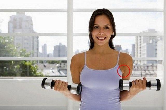 Упражнения для подмышек в домашних условиях.