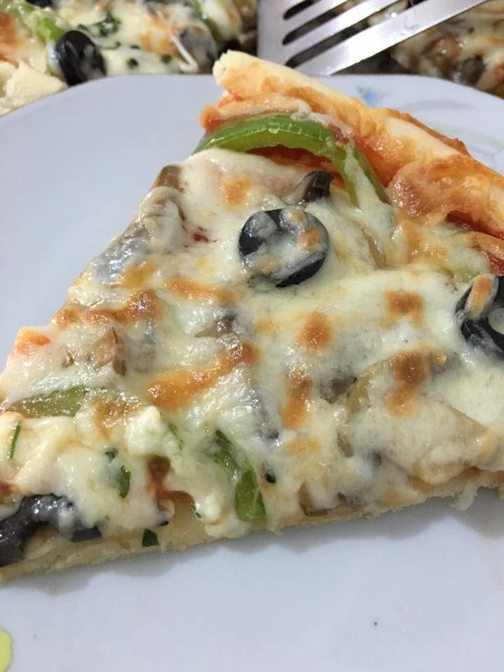 بيتزا هت على أصولها بالعجينة السحرية زاكي Food Food Recipies Vegetable Pizza